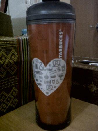 Starbucks City Mug 2013 You & Me Valentine Red Thumbler